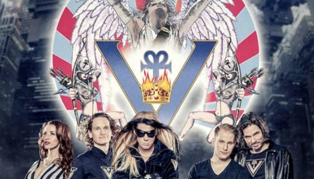 Queen-3.jpg